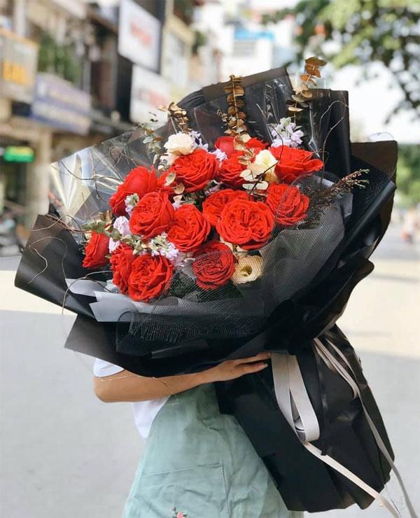 3 loại hoa hồng nhập khẩu được ưa chuộng nhất - Red Ohara